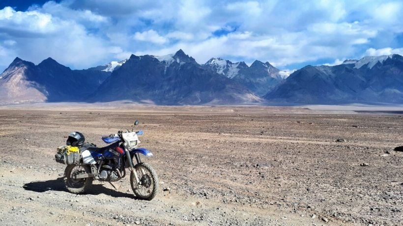 Bike Towards Muzkol and Zartosh peaks